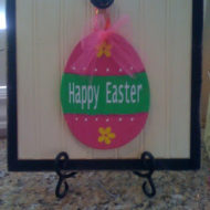 Simple to make colorful Easter Egg Hanger