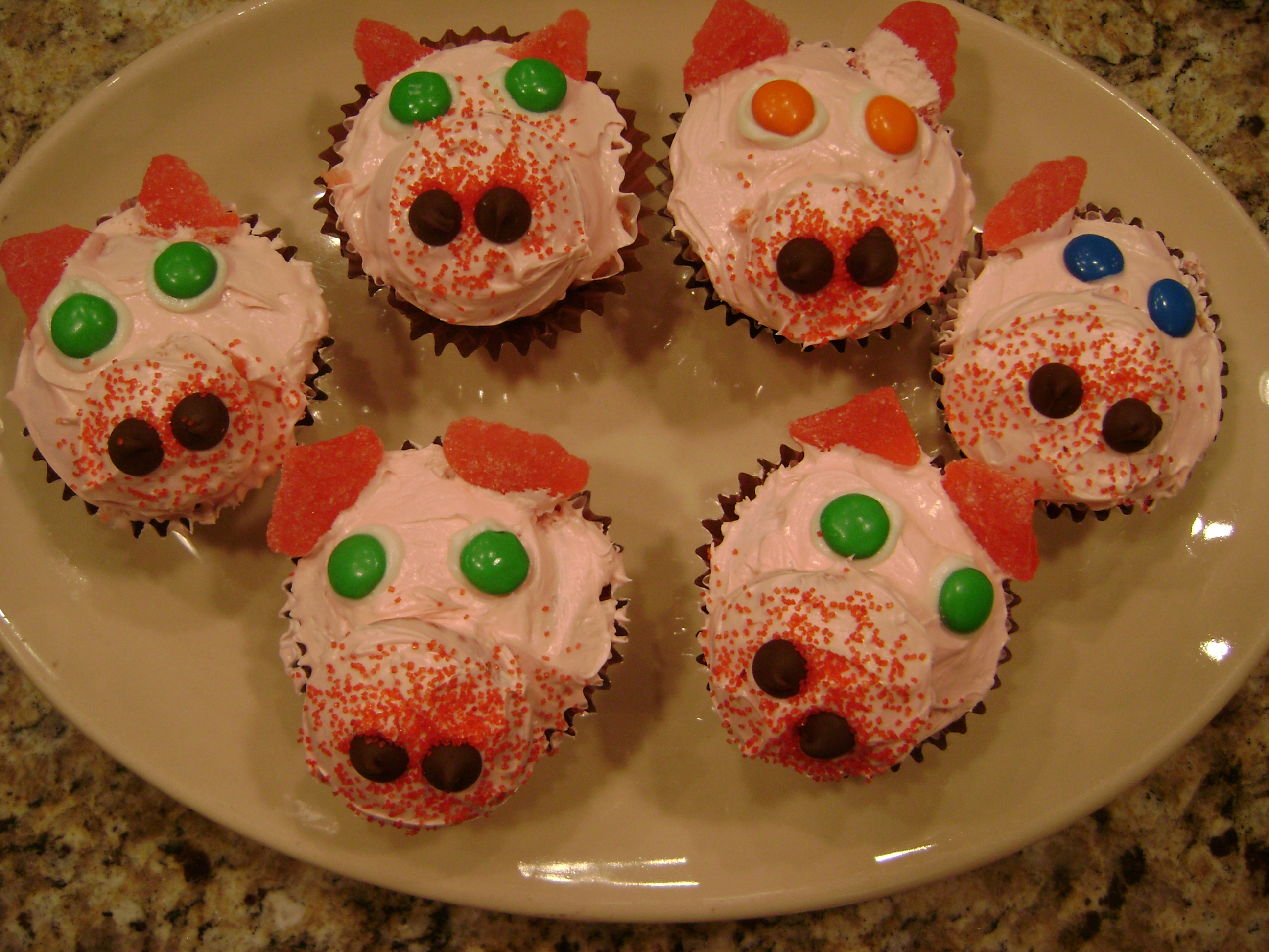 Miss Pinky the Piggie Cupcakes