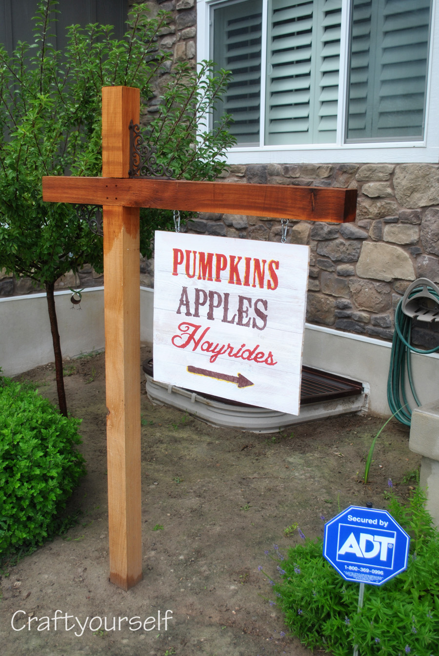 Cedar Sign Post for each holiday
