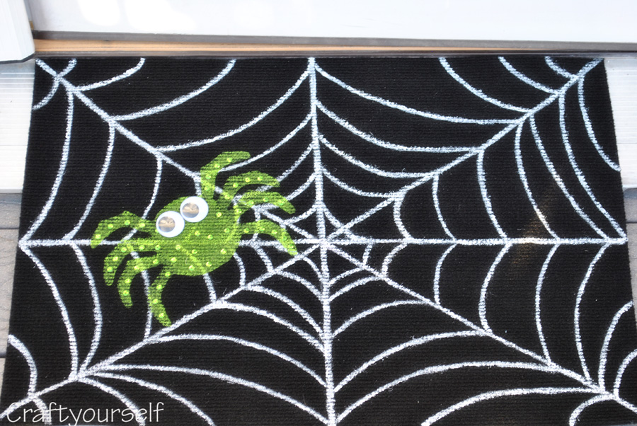 Spider Mat Finished up close