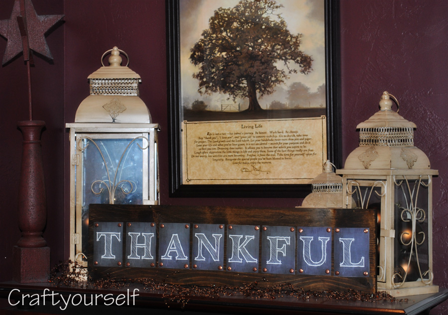 Stained Wood Thankful Board