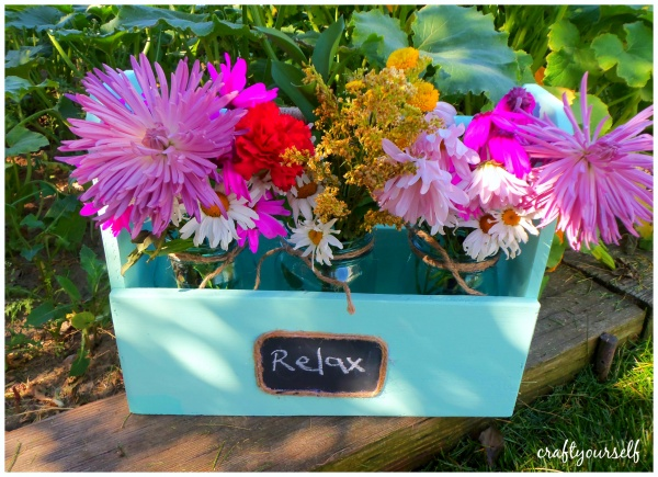 multi purpose caddy flowers