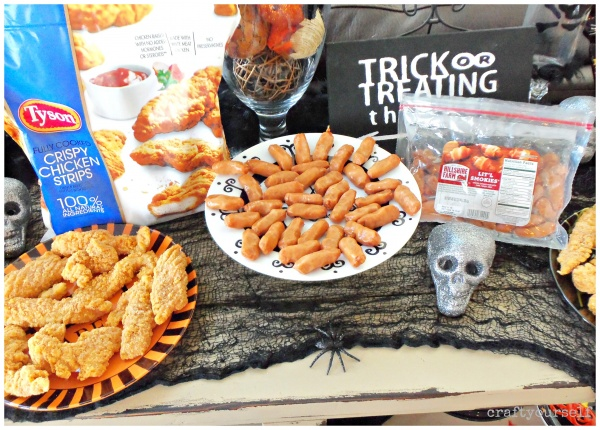 diy-halloween-plates-with-tyson-chicken-strips