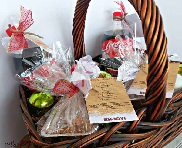 coca-cola-spiced-bread-basket