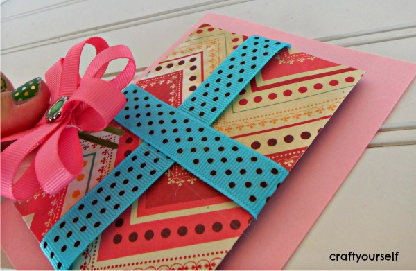 hair bow card with bow