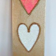 Glitter and Jute 3 Valentine Hearts Decorative Board