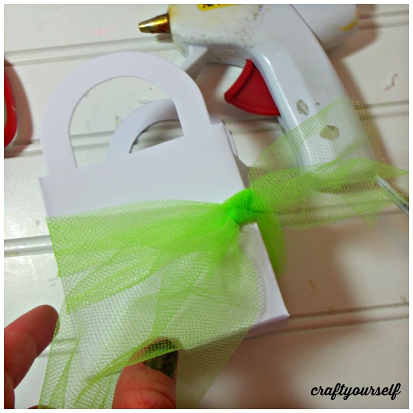 st patricks treat box ribbon