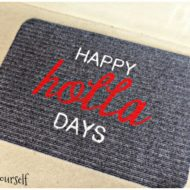 DIY Painted Holiday Doormats for the upcoming season